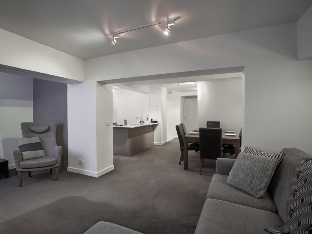 Courtyard Suite - image 3